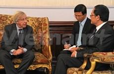 乌拉圭高度评价与越南的合作关系