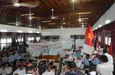 越南旅居斯里兰卡越南人反对中国在东海的所作所为