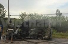 承载越南游客的客车在泰国遇难致13人死亡4人受伤