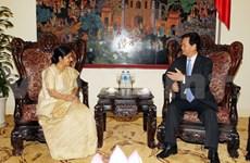 越南政府总理阮晋勇会见印度外交部长