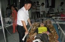 越南政府总理阮晋勇指导处理在老街省发生的特别严重交通事故