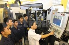越南下决心在东盟职业技能大赛名居榜首