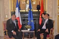 法国政府注重多边外交政策大力促进与越南的合作关系