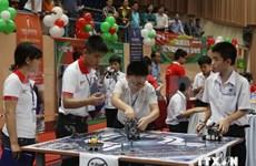 2014年越南全国学生机器人大赛吸引62支小学生队参赛