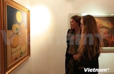 越南独特磨漆画艺术亮相英国伦敦