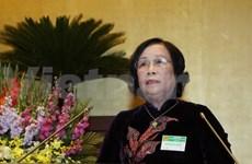 越南劳动荣军和社会部部长解答国会代表的质询