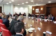 越澳第三次外交防务副部长级对话在澳大利亚举行