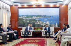 捷克驻越南大使馆代表团到访广宁省