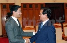 越南政府总理阮晋勇会见世界经济论坛执行董事菲利普•罗斯勒