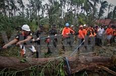 """台风""""黑格比""""袭击菲律宾导致20多人死亡"""