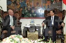 越南政府副总理武文宁会见美国商务部副部长斯蒂芬•塞利格