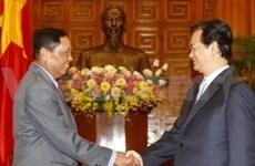 阮晋勇总理会见中国和缅甸驻越大使
