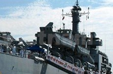 印度艾拉瓦特海军军舰访问庆和省