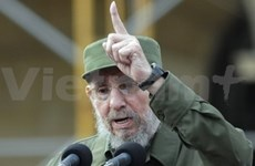 古巴纷纷举行庆祝菲德尔·卡斯特罗领袖85岁生日纪念活动