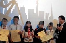 越南学生三部优秀微电影参加2014年亚洲国际青少年为电影大赛