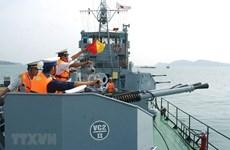 组图:建设一支全面且强大的人民海军