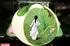 组图:新颖独特且带有浓郁传统文化特色的荷叶画