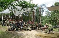 越南狙击手抵达白俄罗斯布列斯特参加比赛