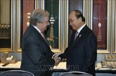 第35届东盟峰会:越南政府总理阮春福会见联合国秘书长古特雷斯