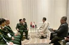 越南国防部长吴春历会见泰国副总理和印尼防长