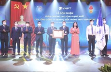 VNPT-Vinaphone电信服务总公司荣获一等劳动勋章