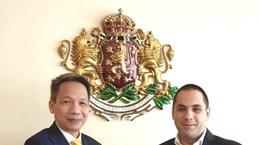 保加利亚经济部长会见越南驻保大使段俊灵