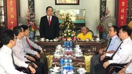 陈青敏、张氏梅佛诞大典之际走访慰问各省佛教信徒