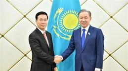 越共中央宣教部部长武文赏对哈萨克斯坦进行工作访问