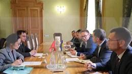 乌克兰利沃夫州愿意促进越南企业的经营商机