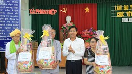 平顺省领导值此卡特节之际向婆罗门教占族同胞致以节日祝福