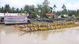 茶荣省高棉族欢度拜月节