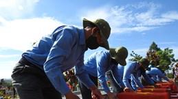 昆嵩省为战争时期在老挝和柬埔寨牺牲的英烈举行安葬仪式