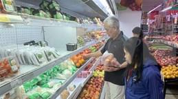 2020年8月永福省社会消费品零售总额和服务消费额增长近13%