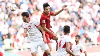 越南足球队晋级2019年阿联酋亚洲杯八强 阮春福总理给予表彰