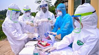 捷克众议院第一副议长:越南打败新冠病毒的成功经验值得学习