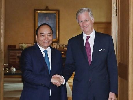 政府总理阮春福会见比利时国王菲利普