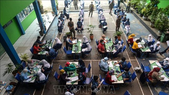 东南亚部分国家新冠肺炎疫情持续恶化