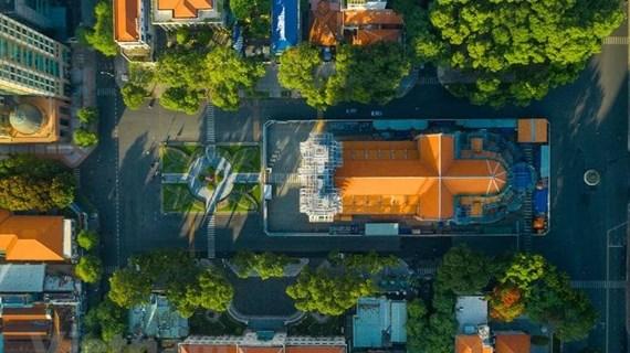 组图:实施社交隔离措施的胡志明市全景