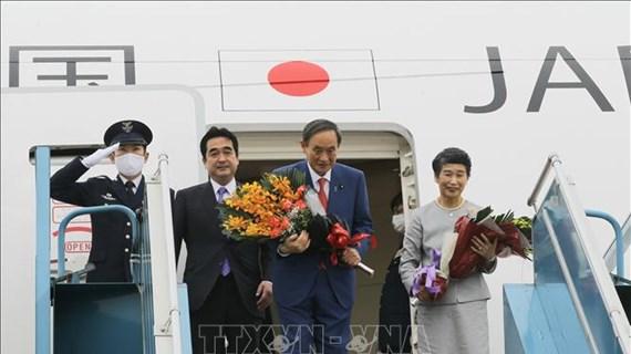 日本首相菅义伟圆满结束对越南的正式访问