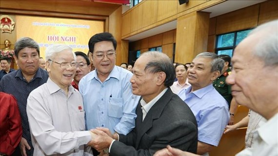 越共中央总书记、国家主席阮富仲会见河内市选民