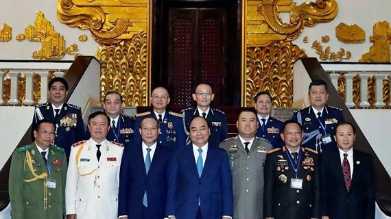 政府总理阮春福会见出席ASEANAPOL  39的各国代表团团长