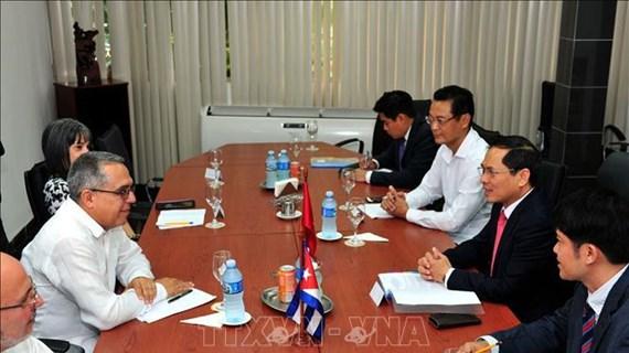 越南和古巴进行政治磋商