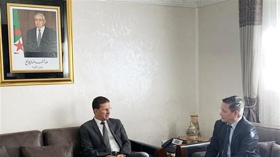 越南促进与阿尔及利亚的经贸投资合作关系