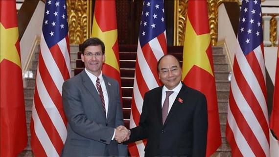 美国国防部长:美国希望加强与越南的防务合作