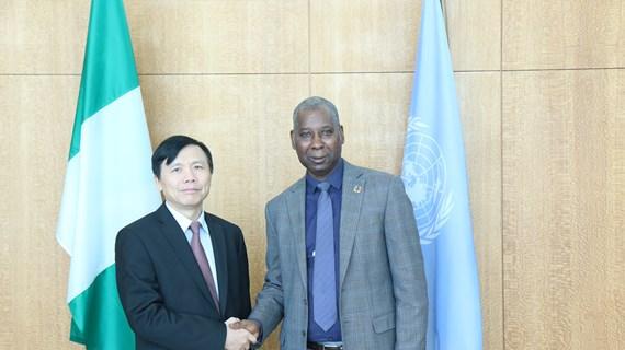 越南与联合国安理会:邓廷贵大使会见联大第74届会议主席班德