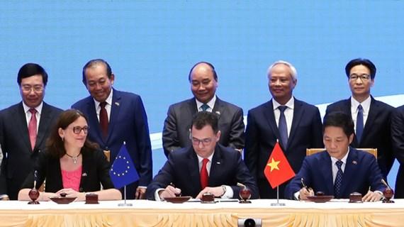 欧洲议会国际贸易委员会通过关于批准EVFTA和EVIPA的建议