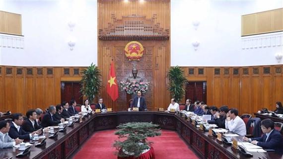 政府总理阮春福与薄寮省领导班子举行工作会议