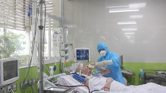 新冠肺炎疫情:英国飞行员患者的左肺通气率超过50%
