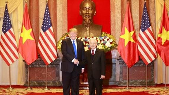越南与美国建交25周年:两国领导互致贺信