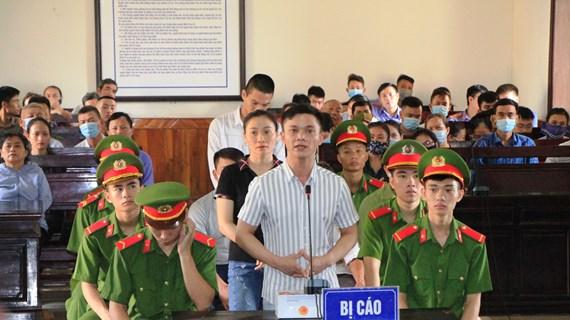 河静省人民法院对组织他人偷渡至国外案的7名涉案人员作出判决